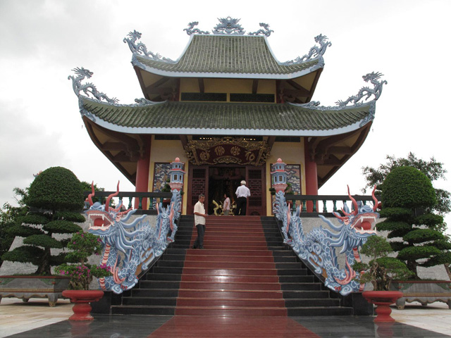 Temple Hung King