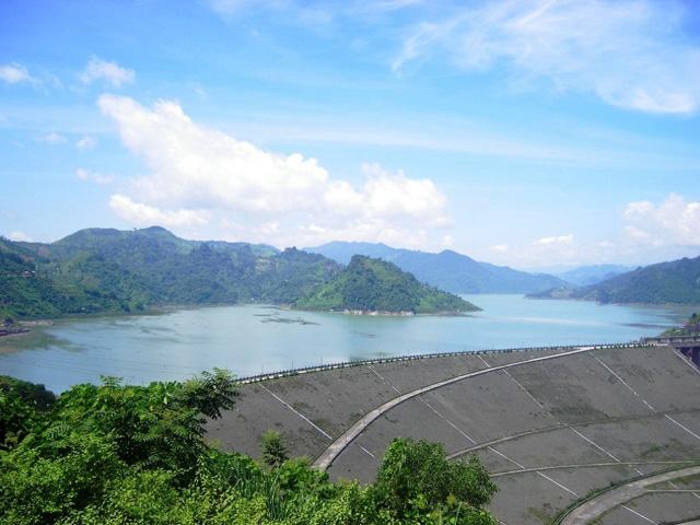 Hoa Binh Hydro Power Plant