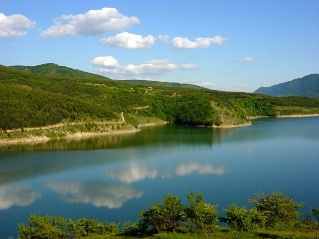 Lac Zavoj