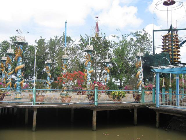 Phung island
