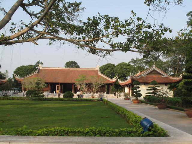 Kim Lien site