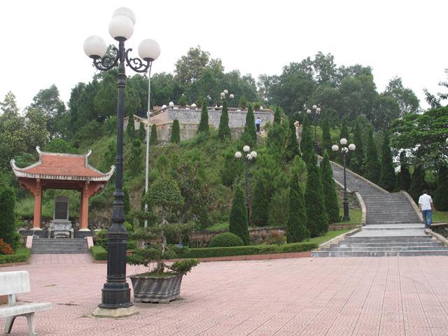 Graveyard of Tran Phu