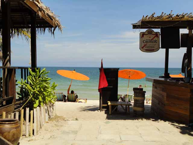 Baan Panburi Hotel
