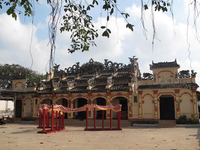 Temple Binh Nham