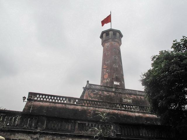Category Hanoi Flag Tower of Hanoi