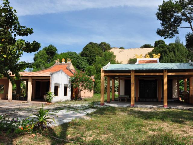 Ho Tram Temple