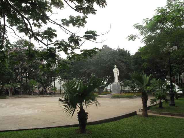 Ly Tu Trong Park