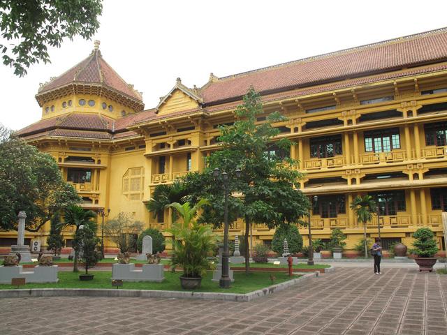 Category Hanoi National Museum of History