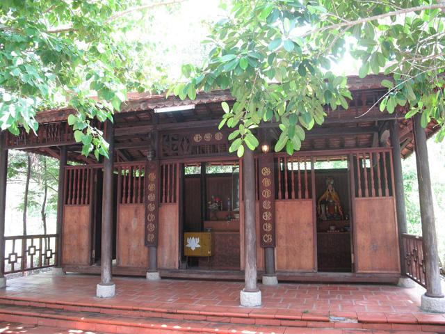 Niem Phat Duong, Binh Chau Hot spring