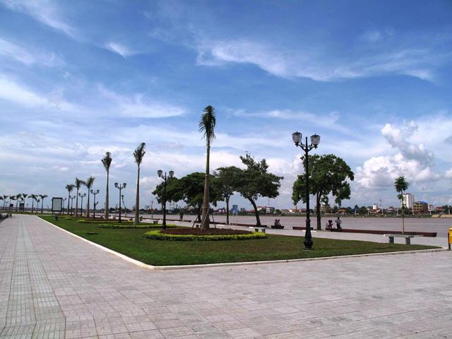Sisowath Park
