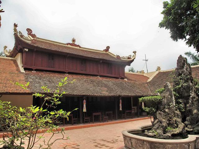 Temple Tran Quoc