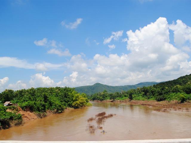 Yom River