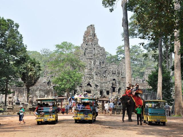 Elephants, Bayon