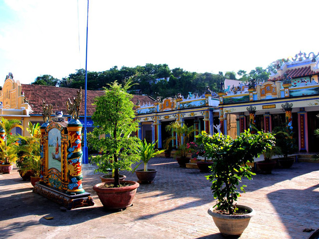 Temple Phuong Sai