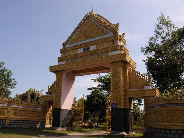 Gate, Rachtusna Pagoda