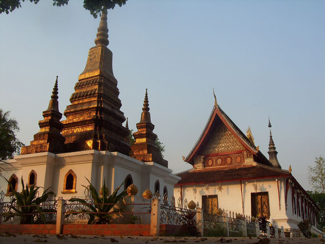 Wat That Luang Rasamahavihane