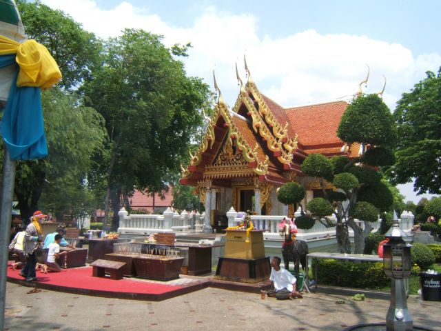 General Taksin Shrine