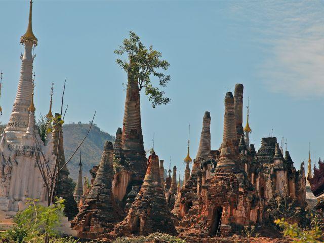 Indein Stupas