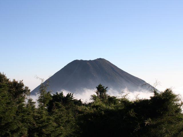 Izalco (volcan)