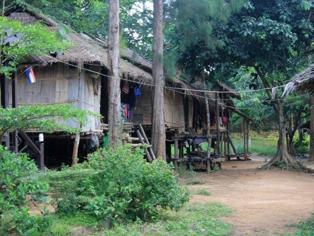 Village tribal Mon