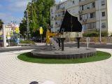 Pianist Square