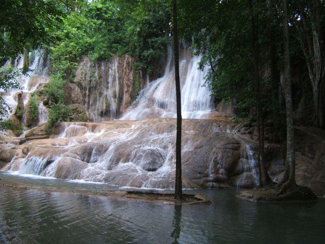 Sai Yok waterfall
