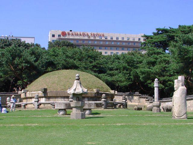 Tombe du roi Seongjong