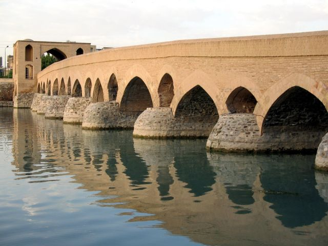 Pont Shahrestan