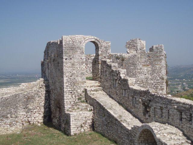 Tour du château de Berat
