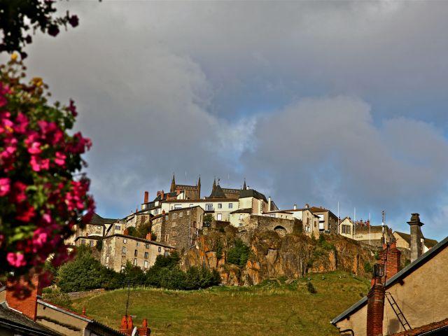 Saint-Flour (Cantal)