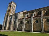 Côté sud de la basilique Sainte-Marie-Madeleine de Vézelay