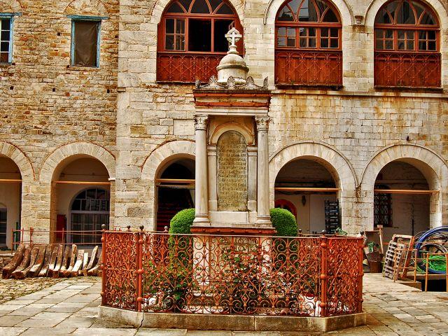 Monument aux martyrs de la foi