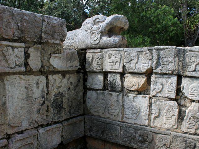 Tzompantli, Chichén Itzá