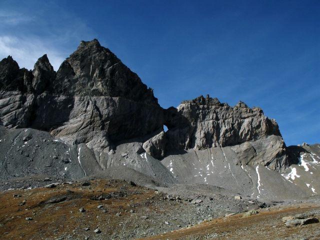 Haut lieu tectonique suisse Sardona