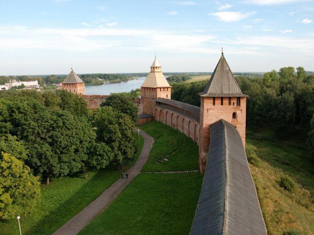 Enceinte du Kremlin de Novgorod