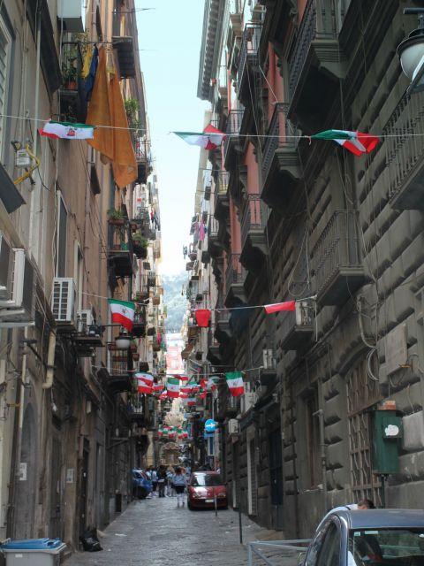 Rue étroite de Naples