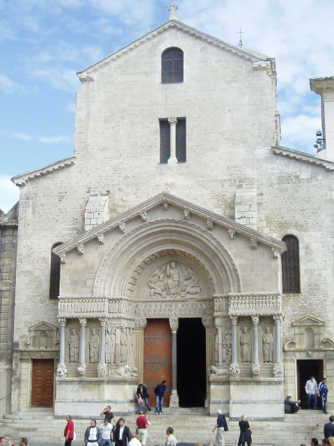 Category Arles Church of St. Trophime