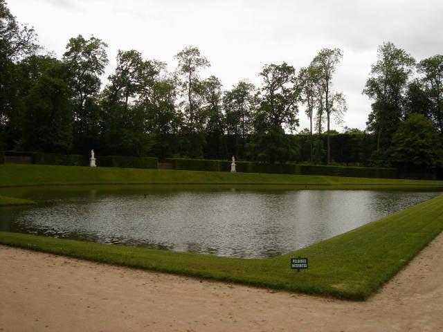 Bassin du miroir versailles france landolia un monde for Bassin miroir