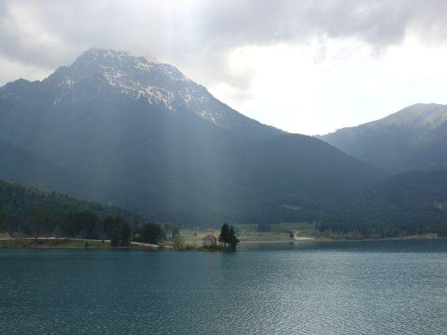 Feneos lake