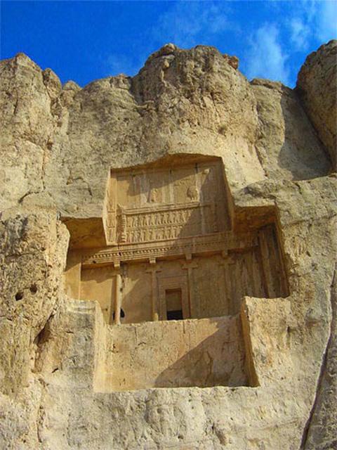 Achaemenid tombs