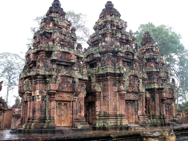 Banteay Srey Khmer art