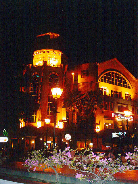 Clarke quay At night