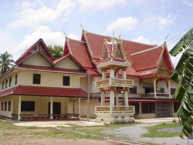 Ban Chiang Temple