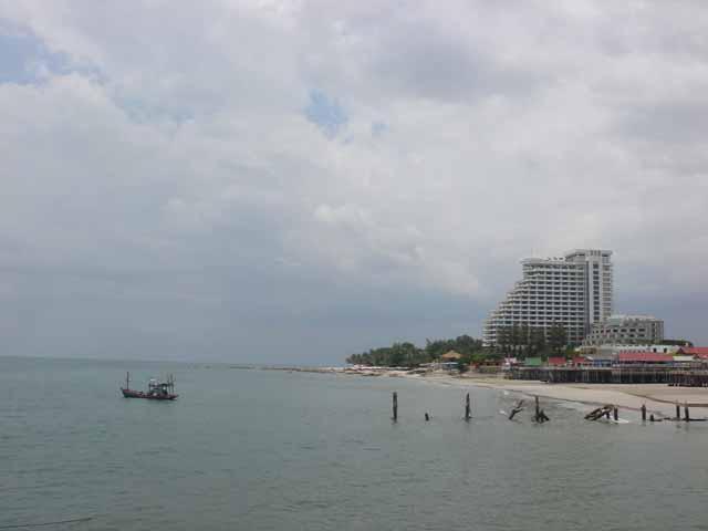 Category Hua Hin Beach