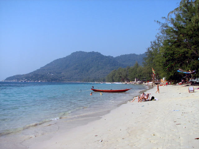 Sairee beach