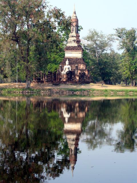 Buddha and Chedi on water