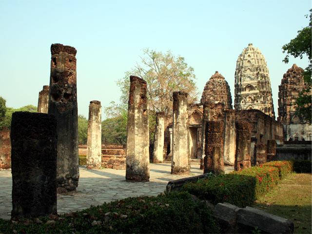 Wat Si Sawai from outside