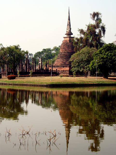 Wat Sa-Si on water