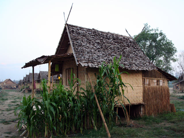 Huts Guesthouse