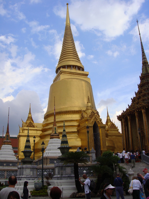 Phra Siratana Chedi